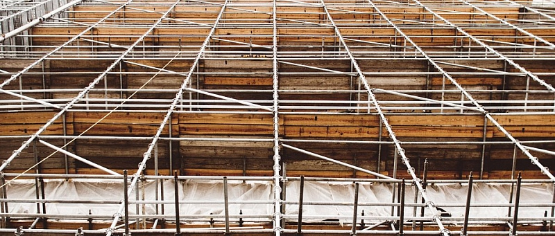 obnova fasade, skele