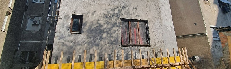 Kako su krenuli u samostalnu obnovu nakon potresa i obnovili zgradu