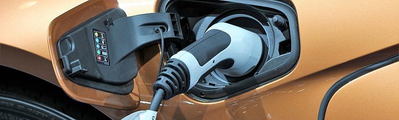 Električni automobil puni se i na kućnu utičnicu. No, jeste li razmišljali o zakupljenoj snazi zgrade?