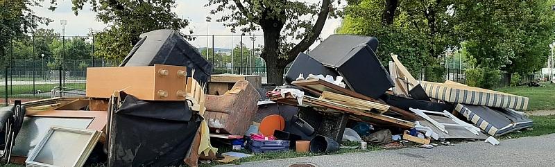 SMEĆE U ZAGREBU - Tek počinju problemi s otpadom