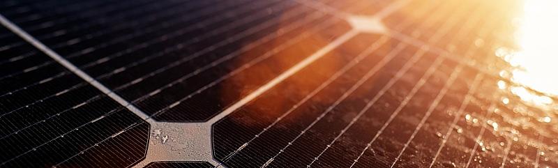 Planirate staviti fotonaponske ćelije na krov? Evo kada će se one isplatiti.
