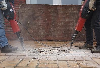 Susjed je probio nosivi zid ili srušio bilo koji zajednički dio zgrade? To nikako ne smije
